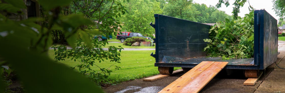 Yard Waste Removal: Keep Your Outdoors Clean
